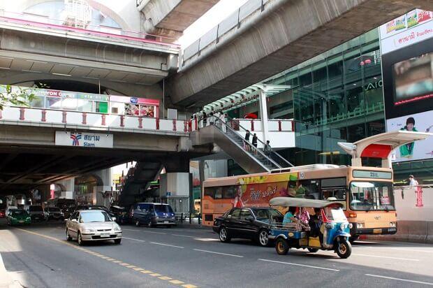 タイのスワンナプーム空港からバンコク市内までの移動方法