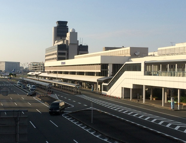 【SFC修行】ボンバルディアQ400プロペラ機で松山往復