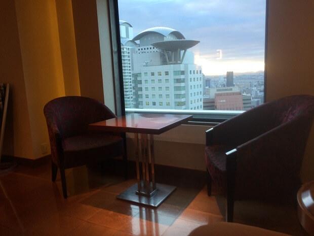 ヒルトンホテルに電話したらエグゼクティブルームにアップグレードできた話