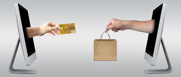 ネットショッピングやホテル予約の前にポイントサイトを経由してポイントを貯めよう