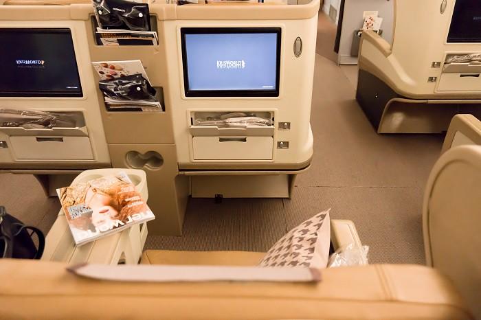 171201 シンガポール航空B777-300ビジネスクラス2